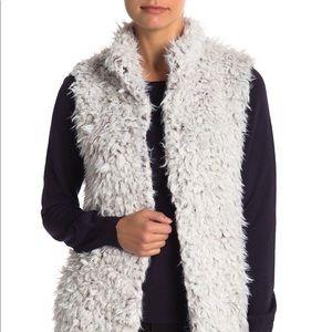 Love Token - Faux Fur Vest in Smoke (L)